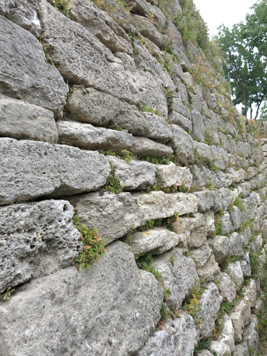 kale duvarı