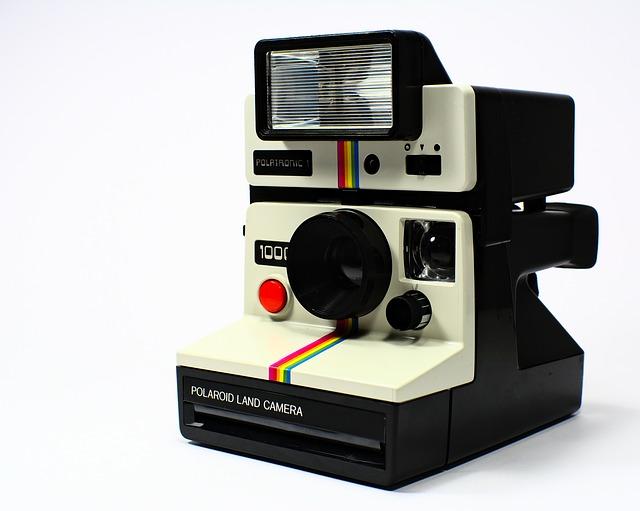 polaroid-751275_640